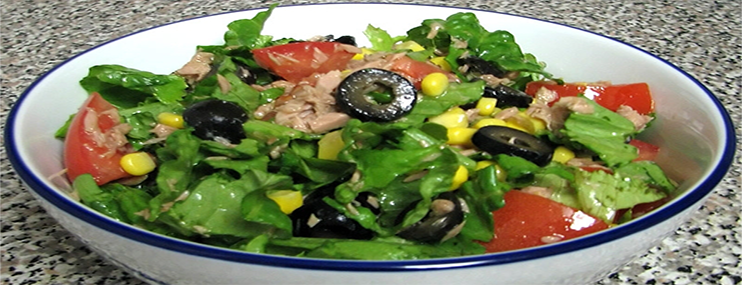 Рецепт салата с консервированным тунцом и его калорийность